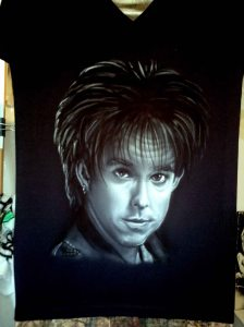 Airbrushed portrait of Roxette star Per Gessle on a black ladies Tshirt